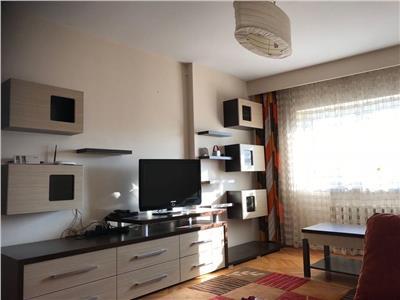 Apartament cu 3 camere decomandat in zona Casa Vikingilor
