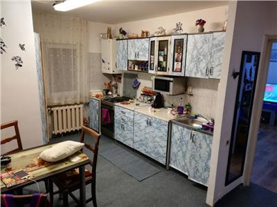 Apartament cu 3 camere in zona Profi Zorilor