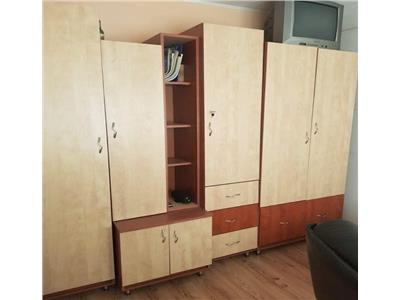 Apartament 2 camere decomandate zona Piata Flora
