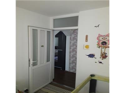 Apartament cu 2 camere in Manastur, etaj 3, zona Big !