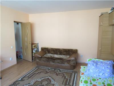 Apartament 1 camera + parcare, etaj intermediar !