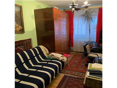 Apartament cu 2 camere decomandate in Manastur, etaj 6, zona Cinema !