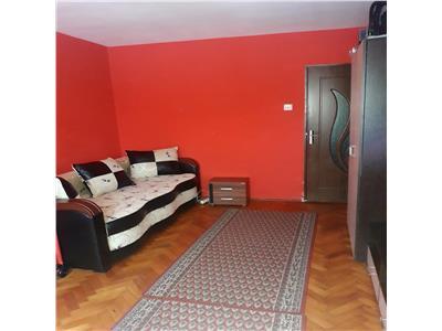 Apartament cu 2 camere decomandate, etaj 2, in Manastur, zona Flora !