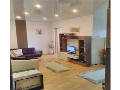 Apartament 3 camere decomandat ultramobilat situat in zona Semicentrala
