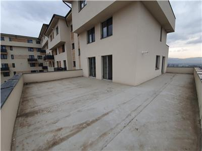 Apartament 3 camere cu terasa si parcare subterana