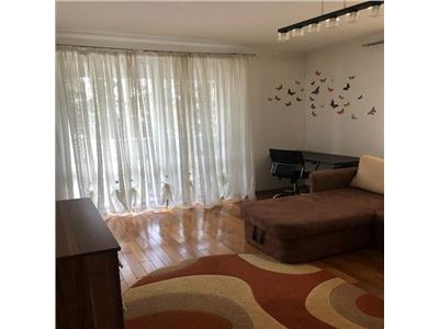 Apartament 2 camere decomandat etaj 1 cu GARAJ zona Grand Hotel Italia