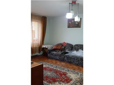 Apartament 2 camere etaj intermediar zona strazii Horea!!!