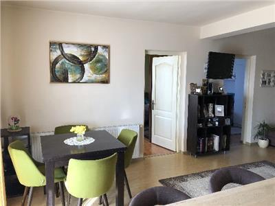 Apartament cu 3 camere in Zona Oncos Buna Ziua
