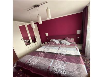Apartament 3 camere decomandat etaj intermediar zona Kaufland