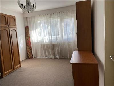 Apartament cu 2 camere in Manastur, etaj 1, decomandat !