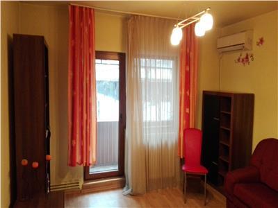 Apartament 3 camere decomandat zona Piata Marasti