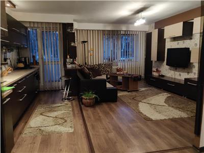 Apartament 4 camere decomandat zona Petrom Manastur