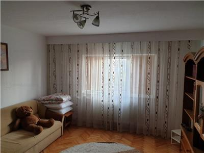 Apartament 3 camere decomandat etaj intermediar zona Electrica