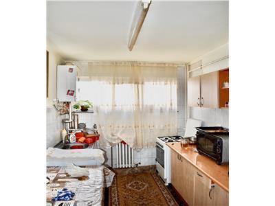 Apartament cu 2 camere in Manastur, etaj 2, zona P-ta Flora!