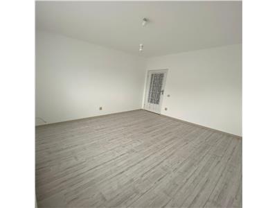 Apartament 3 camere, finisat cu parcare in pret, etaj intermediar  in Floresti