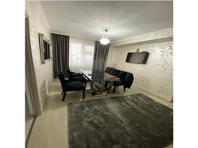 Apartament 3 camere super finisat, parcare in pret ! Zona accesibila !
