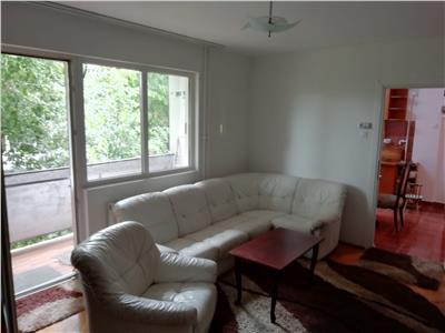 Apartament 3 camere etaj intermedia in zona Piata Hermes Gheorgheni