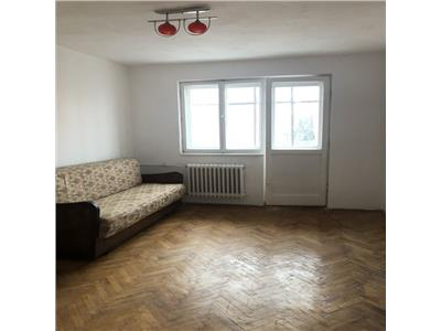 Apartament cu 2 camere langa Piata Hermes