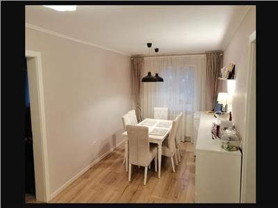 Apartament 4 camere decomandat etaj 3 cu garaj zona Liviu Rebreanu