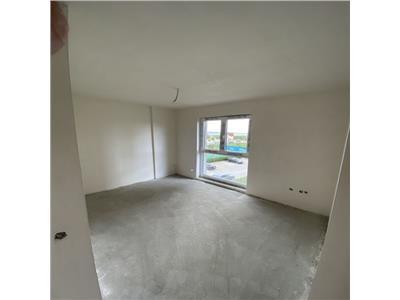 Apartament cu 3 camere in Buna Ziua, etaj 2, parcare, zona Grand Hotel !