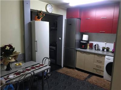 Apartament 3 camere decomandate cu boxa si parcare