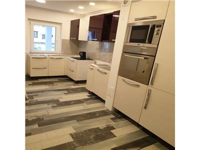 Apartament 3 camere decomandat superfinisat zona Napolact