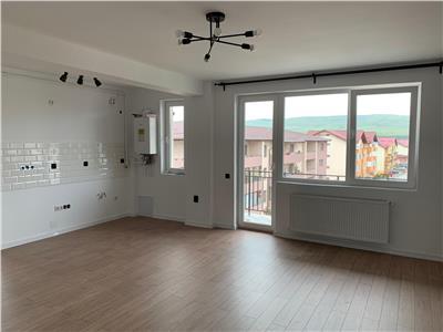 Apartament 2 camere finisat cu parcare in bloc cu lift