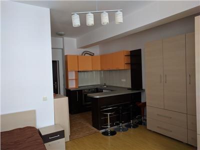 Apartament bloc nou zona USAMV