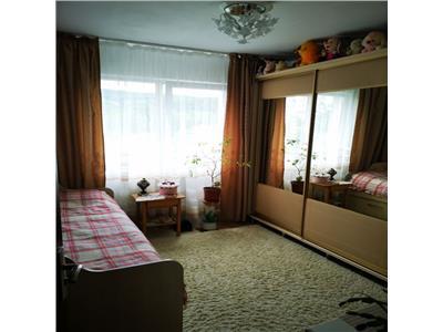 Apartament cu 3 camere in Manastur, etaj intermediar, zona Big !