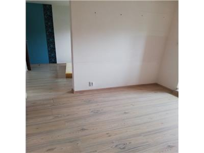 Apartament cu 4 camere in zona Kaufland Marasti la etaj intermediar