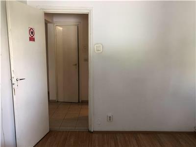 Apartament 2 camere decomandat zona Calvaria Manastur
