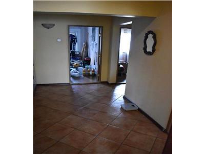 Apartament cu 3 camere in Manastur, etaj intermediar, zona Napolact !
