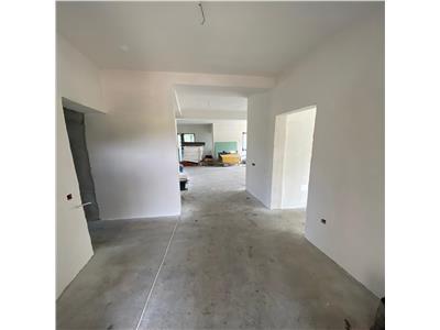 Casa individuala cu 6 camere in Chinteni, cu toate utilitatile trase!!!