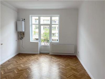 Apartament cu 2 camere recent renovat in centru, etaj 1, strada Horea !