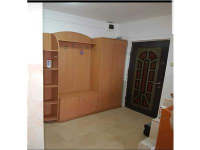 Apartament 3 camere zona Electrica