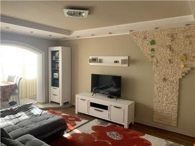 Apartament cu 4 camere Intre Lacuri, etaj intermediar  !