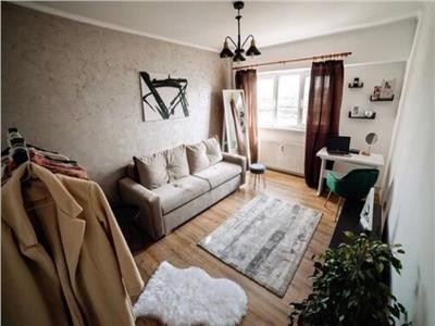 Apartament cu 3 camere ultrafinisat Intre Lacuri in zona Iulius Mall !