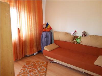 Apartament 3 camere decomandat etaj intermediar zona Calvaria Manastur