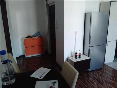 Apartament 2 camere zona MOL