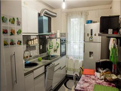 Apartament cu 3 camere decomandat zona Interservisan