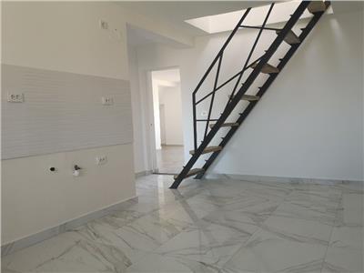 Apartament cu 4 camere cu scara interioara zona Siretului