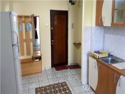 Apartament 2 camere decomandat etaj 2 zona Parc Primaverii Manastur