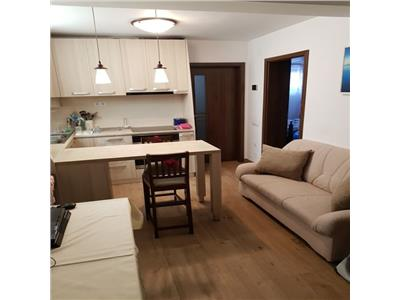 Apartament 3 camere cu parcare zona Iulius Mall