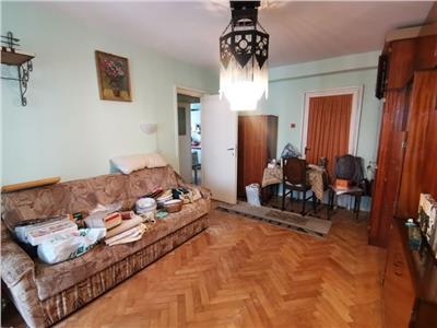 Apartament cu 2 camere in Manastur, etaj intermediar, zona Piata Flora !