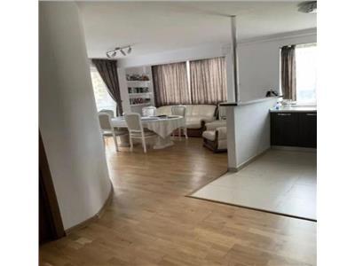 Apartament 3 camere, 3 balcoane, 2 locuri de parcare, finisat si mobilat modern de vanzare in Floresti