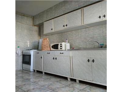 Apartament cu 3 camere in Zorilor, zona P-ta Zorilor !