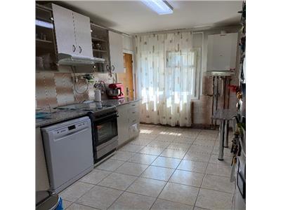 Apartament 4 camere etaj intermediar garaj semicentral Marasti!