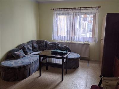 Apartament 1 camera decomandat,etaj int zona Calvaria Manastur