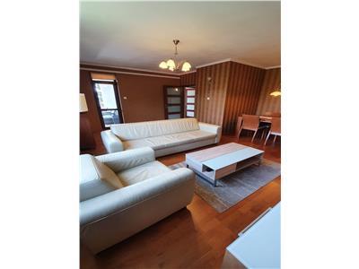 Apartament 4 camere cu garaj in vila str Rosetti