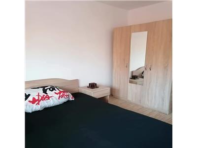 Apartament 2 camere de vanzare, mobilat si utilat modern, zona de case in Floresti